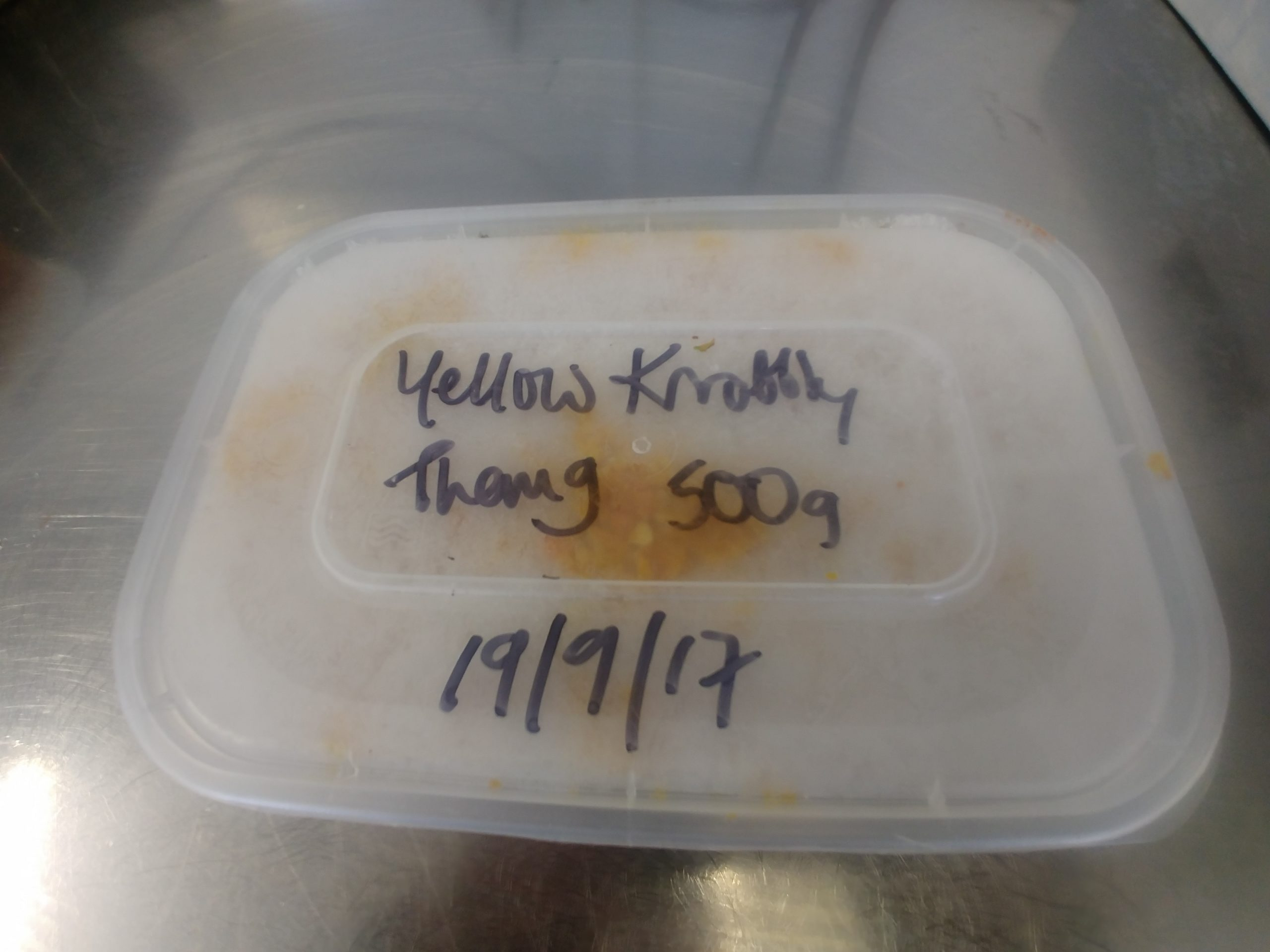 500g tub of frozen puree'd Yellow Nobbily Thang chillies.
